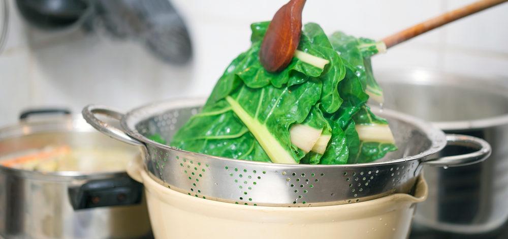 野菜は茹でてから使う