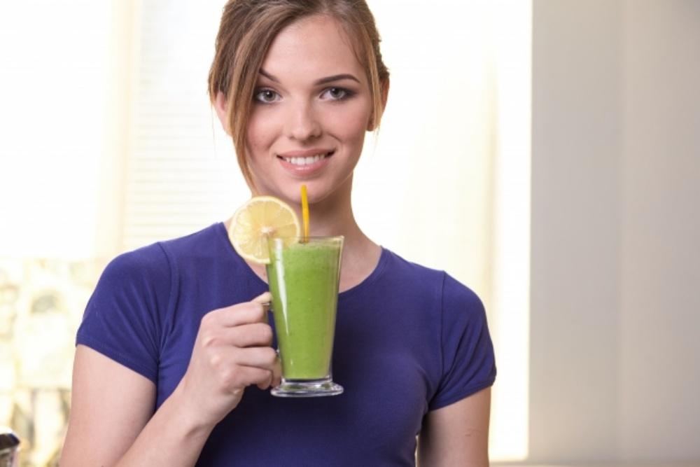 グリーンスムージーに塩分?美味しく飲むコツと身体に良い塩を選ぶヒント