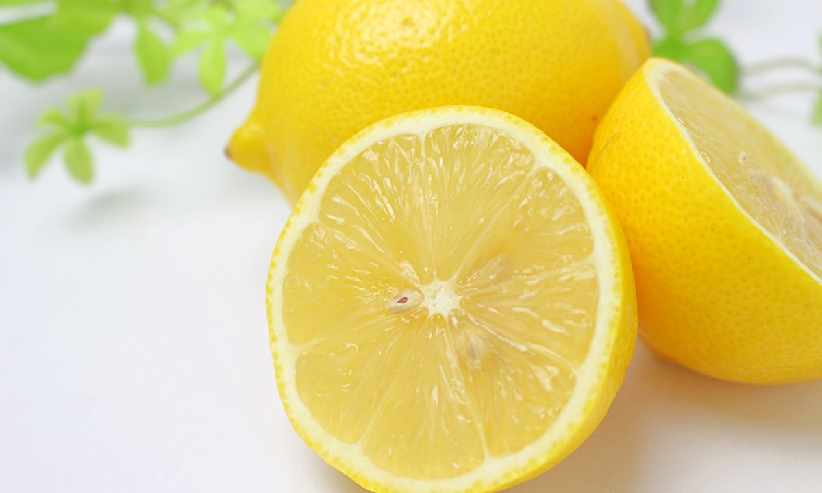 レモンスムージーの嬉しい効果って?美容や疲労回復におすすめです!