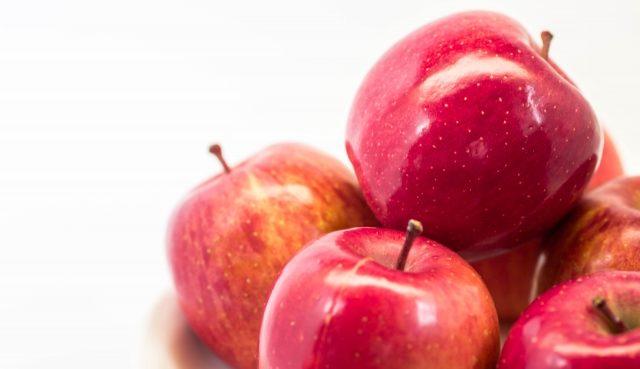 りんごを使うなら食塩水につける