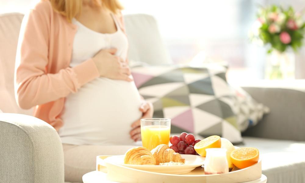 妊娠中にオレンジジュースは飲んでもいい?カフェインは入っていない?