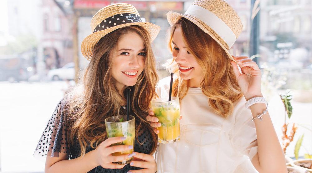 野菜ジュースを使った美味しいカクテルやお酒の作り方【二日酔い防止に効果あり?】