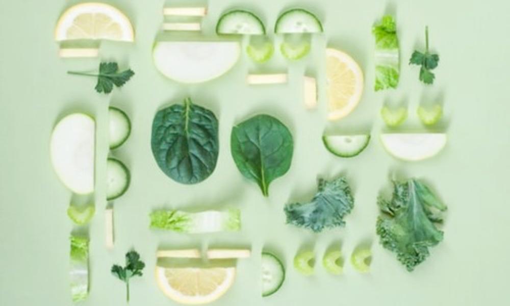 光毒性を含む野菜(きゅうりやセロリ)