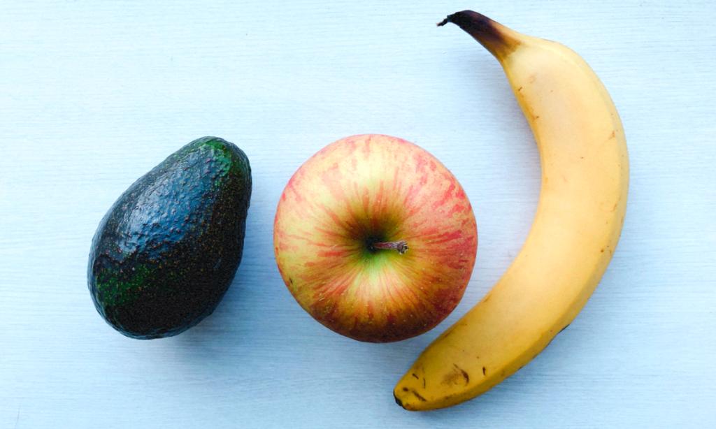 バナナやりんご、キウイと一緒に置いておく