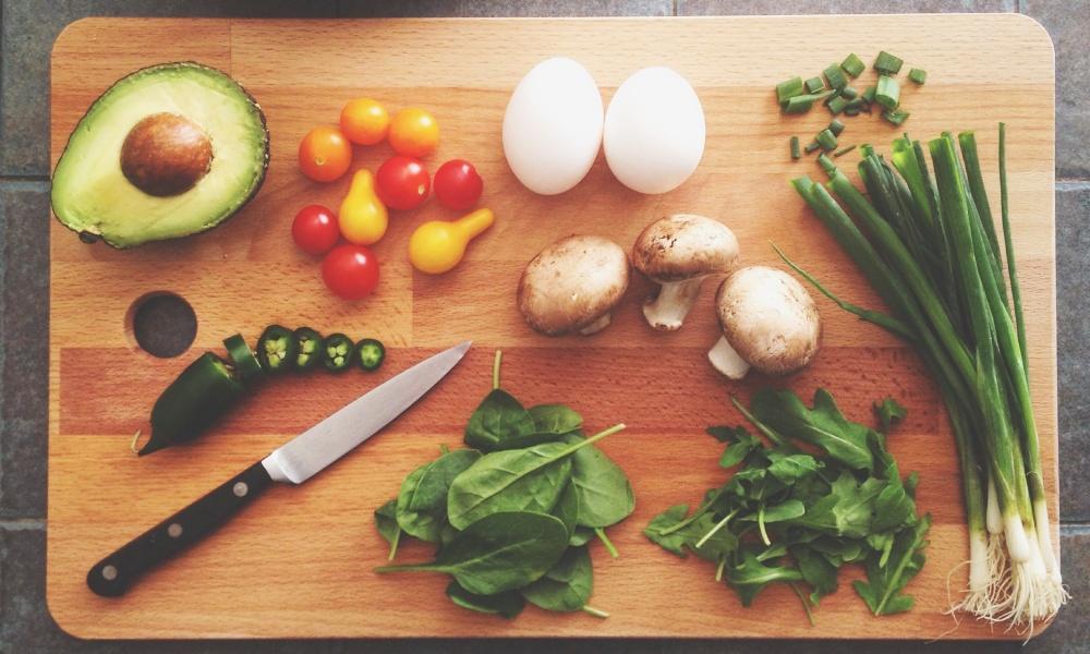 アボカドの栄養を効率よく摂るなら食べ合わせを意識!
