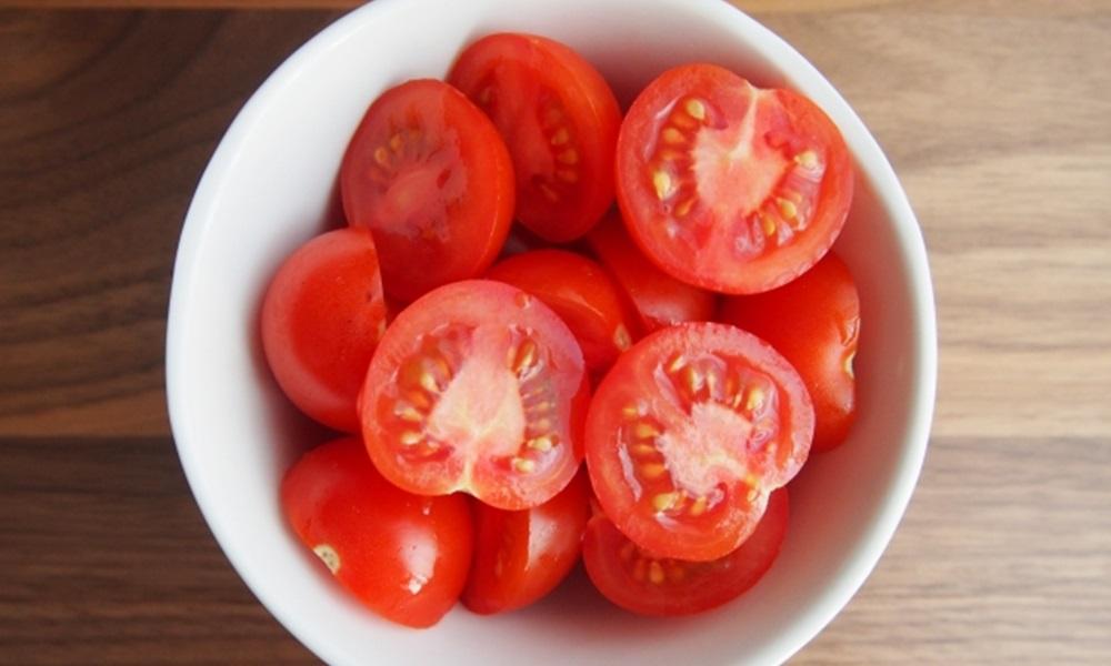 トマトを美味しく追熟する方法は?温度はどれくらい?たべごろで止める方法も合わせてか解説