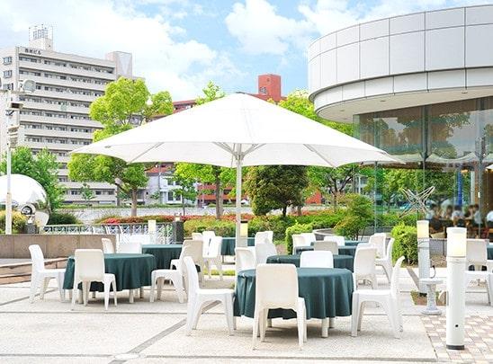 1.カフェ&レストラン リバーズガーデン