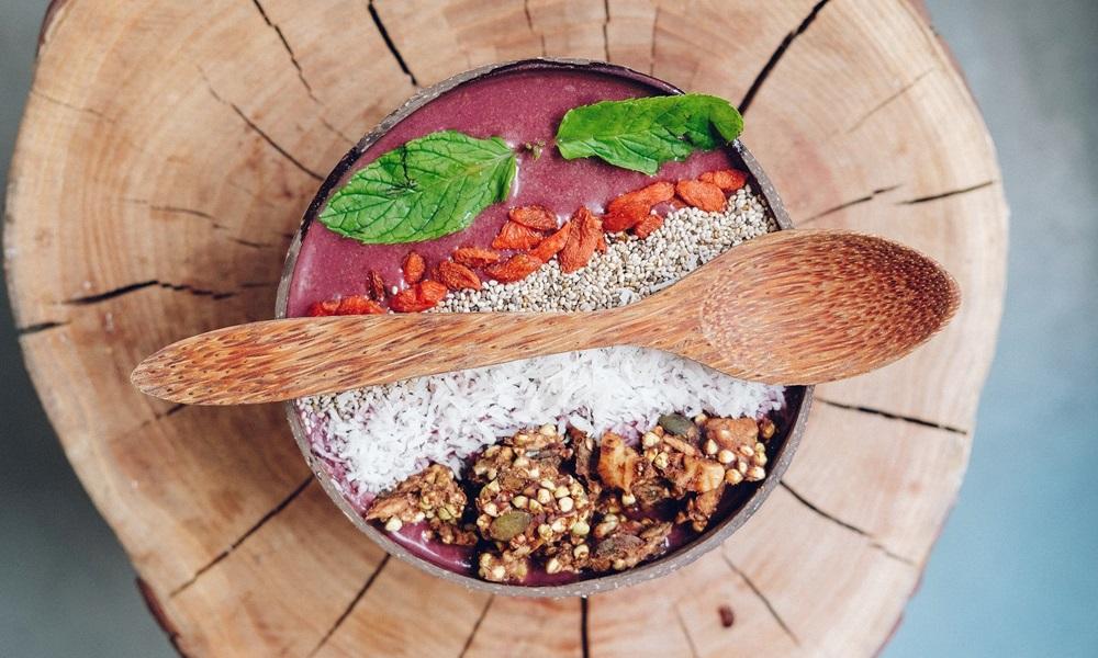 自宅で美味しくアサイーボウルを楽しむレシピ