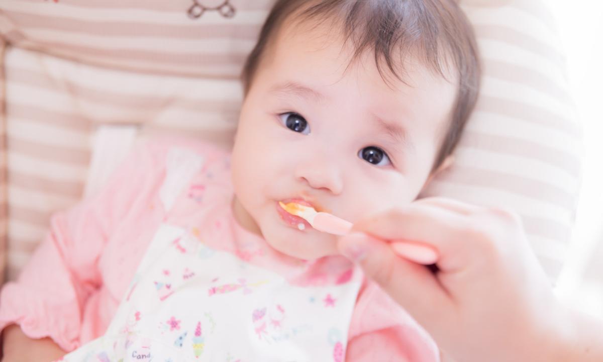 キウイは赤ちゃんの離乳食でいつからあげてもいいの?アレルギーは大丈夫?