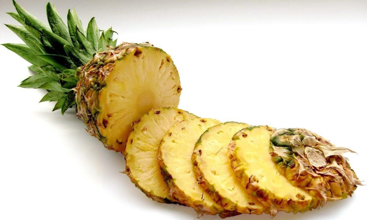 パイナップルの苦い後味と口の中のチクチクはあの有効成分が原因だった!