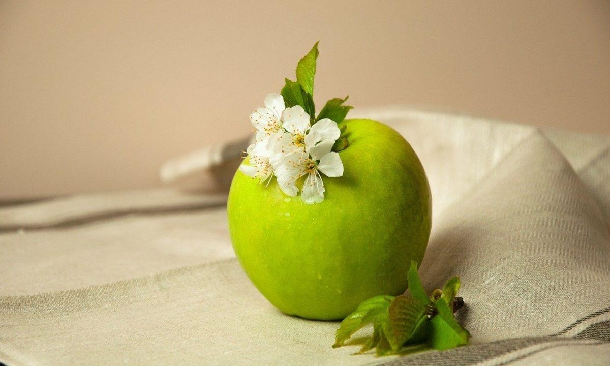 りんごダイエットでむくみも解消