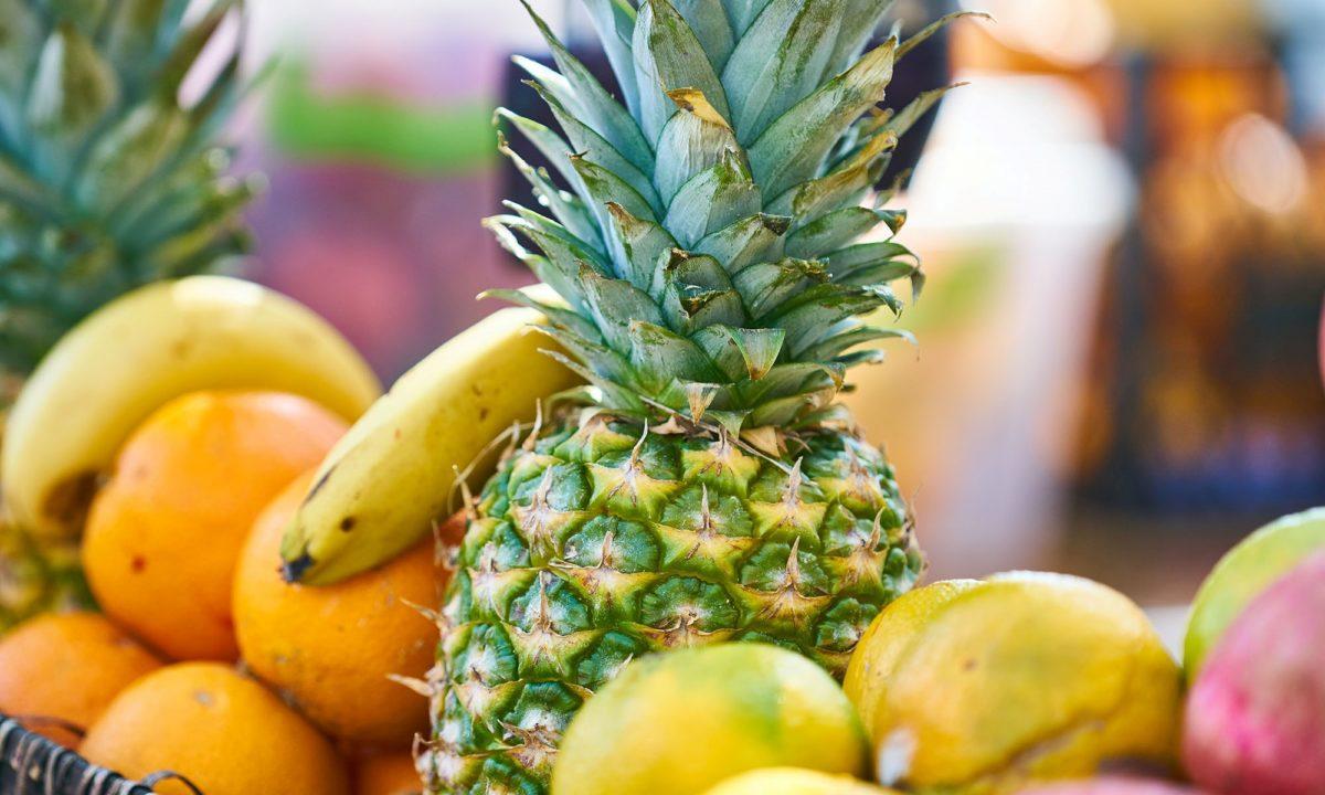 パイナップルは置いていたら甘くなるの?