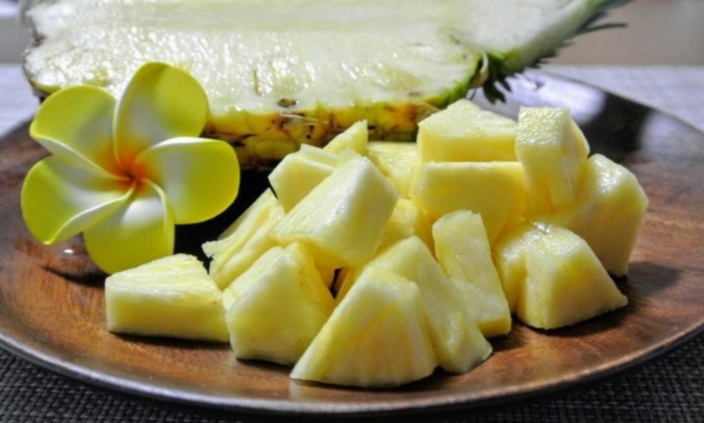 パイナップルは赤ちゃんにいつから食べさせていいの?離乳食のレシピも紹介します!